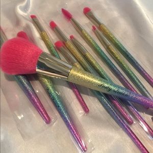 🦋10 Party Queen Rainbow Glitter Makeup Brush Set
